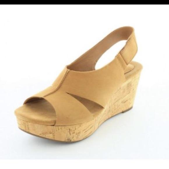 dbdac78147d Clarks Shoes - CLARKS WOMENS CASLYNN LIZZIE SANDAL